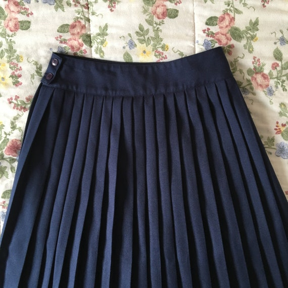 Vintage High Waisted Navy Blue Pleated Skirt - image 5