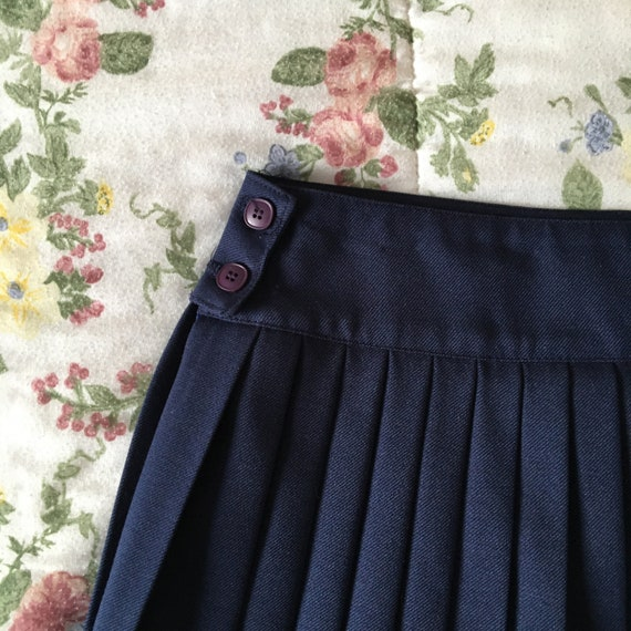 Vintage High Waisted Navy Blue Pleated Skirt - image 6