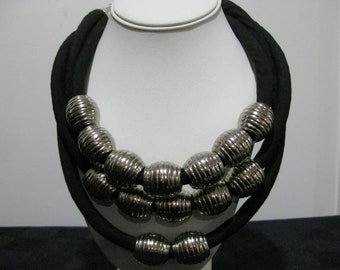 Silver 14 Bead Necklace