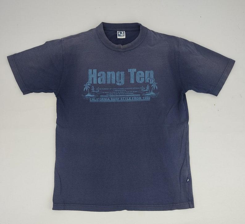 Vintage Hang Ten California Surf Style Tee T-Shirt Outdoor Foot Logo Printed Fashion Inspired Designer Unisex Wear Streetwear