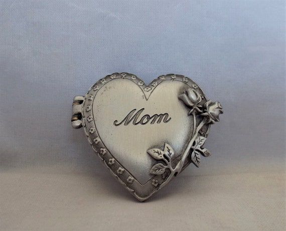 Loves Me Not Vintage Signed JJ Jonette Jewelry Flower Loves Me Silver Pewter Brooch  Pin  Made in the USA Jewellery