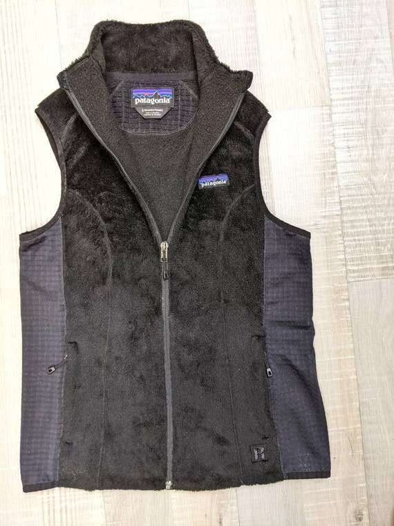 womens fleece vest Patagonia