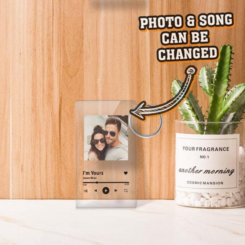 Custom Spotify Music Keychain,Favorite Song Keychain Relationship,Romantic fun Custom Spotify Keychain Photo Plaque Valentines Friendship