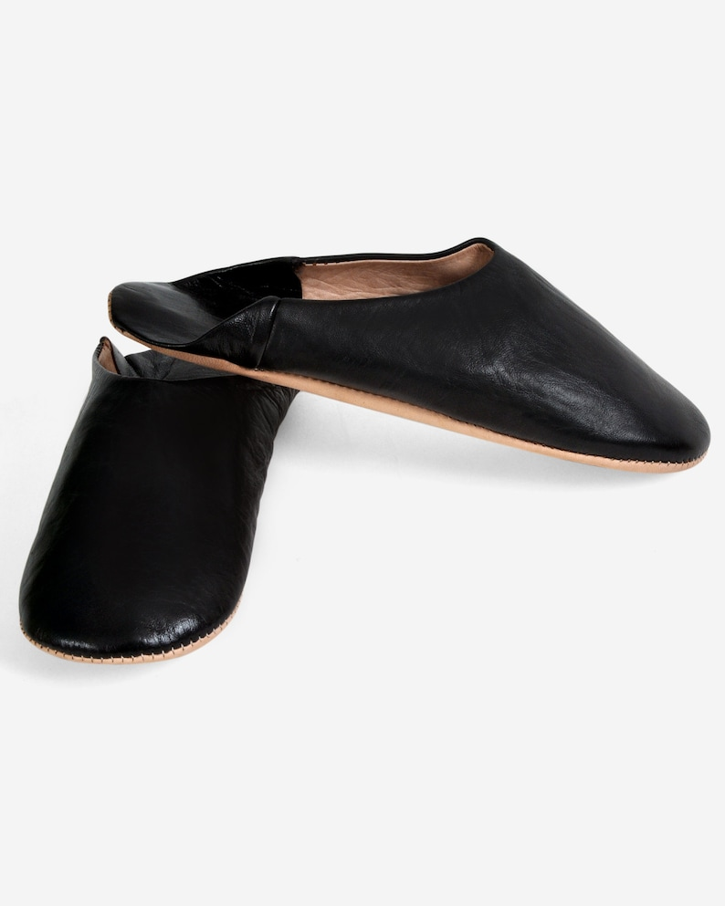 Easy 1940s Men's Fashion Guide Moroccan Handmade Slippers Leather Unisex Babouches Babouche Dyed With Natural Colour Babouche Shoes. $35.93 AT vintagedancer.com