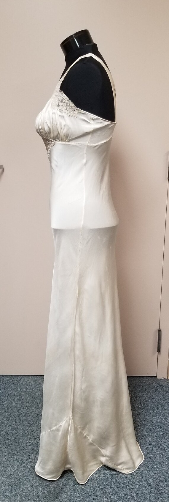 1930's Silk Bias  Night Gown - image 6