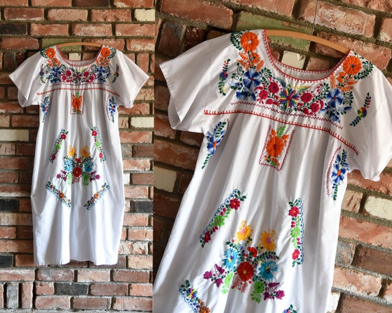 1970s White Hand Embroidered Mexican Cotton Maxi D