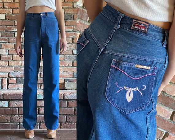 1970s High Waisted Wide Leg Embroidered Jeans ||