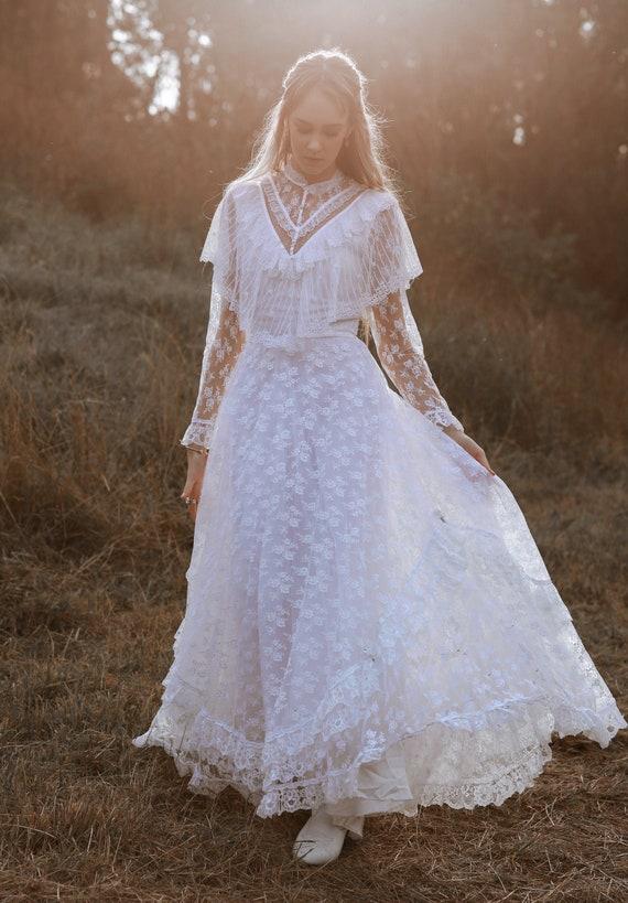 Vintage 1970s Wedding Dress, The River Rose, Vinta