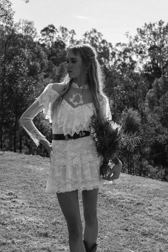 Vintage 1970s Wedding Dress, The Mini Luna, Vinta… - image 4
