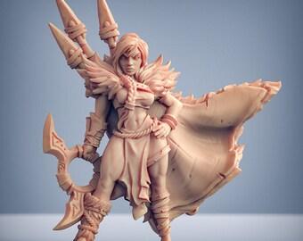 D&D Miniature - Xenia - Hunter Heroine