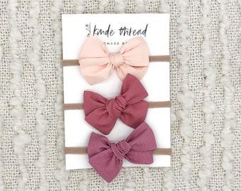 nylon headband newborn bow pinwheel fabric bow handtied bow fabric bow Pinwheel baby bow cheetah fabric bow leopard bow