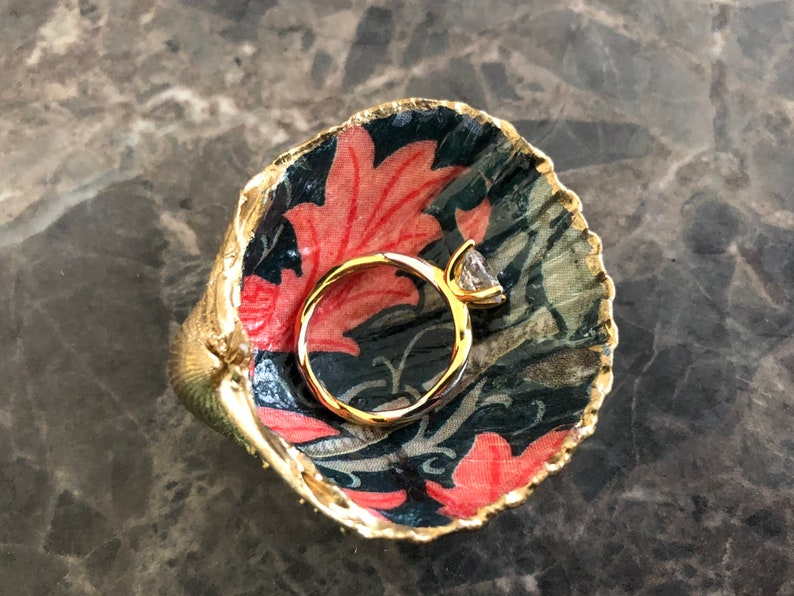 Mini Gold Shell Ring Dish Red /& Blue Floral Ring Holder or Proposal Presentation Box in William Morris Compton Handcrafted in UK
