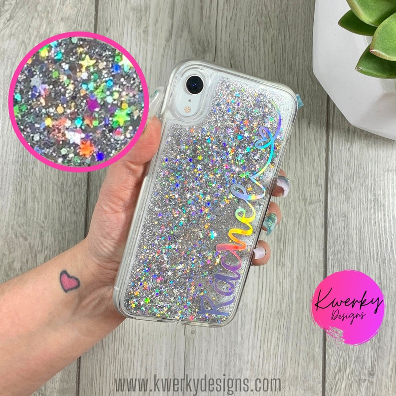 If your darling likes things that twinkle, this liquid glitter custom phone case will be a fitting present on your anniversary. Its design with liquid glitter and stars looks simple but never out of style.