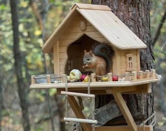 Wooden Squirrel Feeder, Personalized Squirrel House, Squirrel Home, Handmade Squirrel Feeder, Garden Decore, Funny Squirrel Feeder