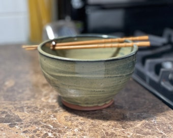 Noodle Bowl, Rice Bowl, Ramen Bowl, Pho Bowl in Sage Green Glaze