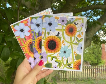 Tiny Blackbirds and Flowers Cards Set