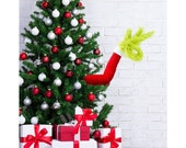 Furry Green Arm Ornament Holder, Christmas Tree Decorations Green Arm Head, Green Santa for Christmas Home Party