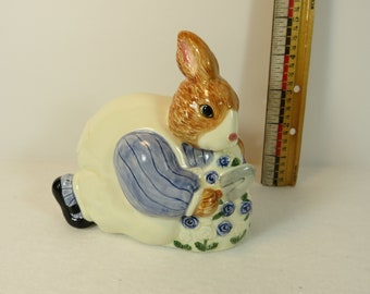 OTAGIRI SUGAR BOWL animal ceramic porcelain creamer figurine figural tea cup spice storage japan vintage vtg lid mrs bunny rabbit easter