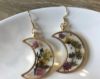 Crescent moon earringssilver moon earringsqueen annes lacemoon phase earringscelestial jewelrygothic jewelrypressed flower earrings