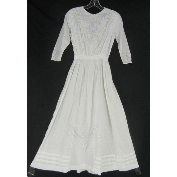 Antique Edwardian Tea Dress Lace Embroidery Cotton