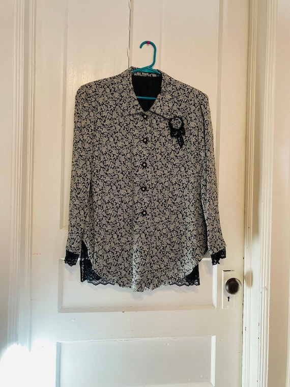 Flowery Blouse with Lace Lining