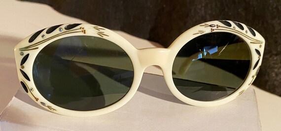 B&L RayBan Bewitching Sunglasses