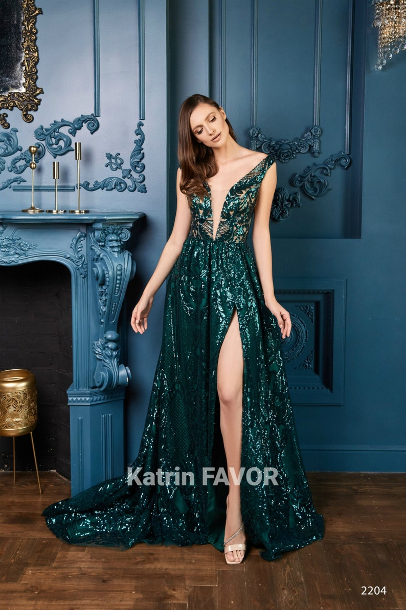 Forest Green Wedding Dress Sequin Bridesmaid Dress Lace image 0