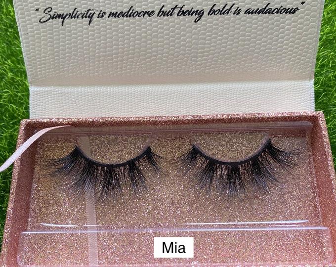 Featured listing image: Mia