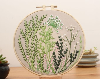 Beginner Embroidery Kit, Easy Embroidery Kit For Beginner, cross stitch, Flowers Embroidery kit, Needlepoint kits, Kits DIY embroidery set