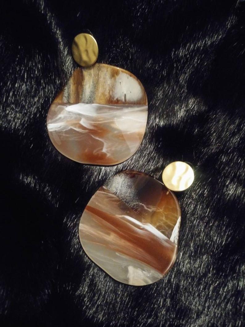 Agate Disc Earrings