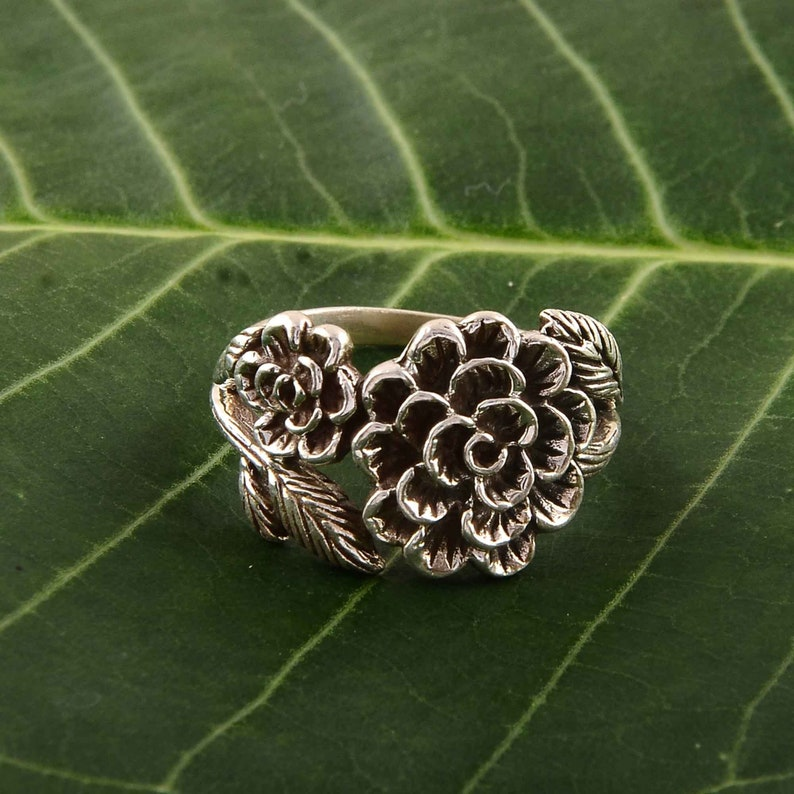 Vintage Blossom Sterling Silver Ring with Flower And leafs,Bohemian Nature Inspire Ring,Flower And Leafs Silver Ring Best Gift For Women