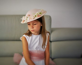 Pink hat with pastel flowers and tulle, Tae Party Hat for Girl, First Communion Hat, Flower Girl
