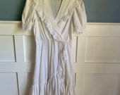 1970s vintage prairie midi dress cottage core ruffles cow girl western puff sleeve