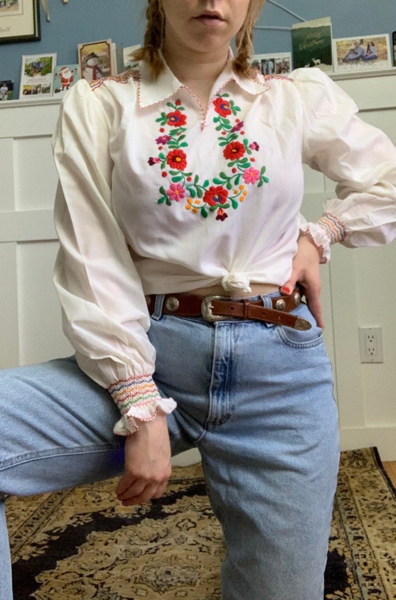 Hungarian embroidered blouse with smocking details