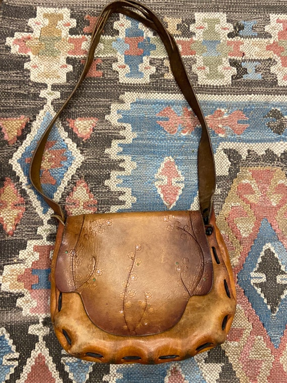 Vintage 70s boho hippie hand-tooled leather purse