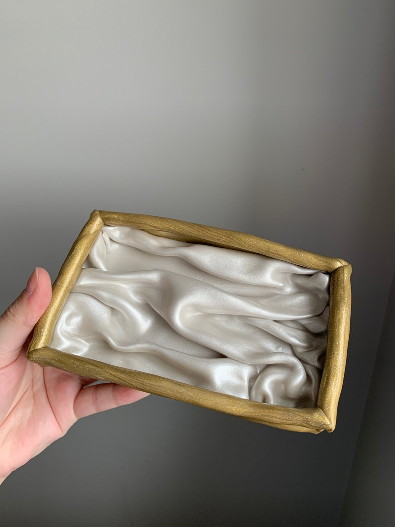 Silk Sheet Inspired Decorative Tray