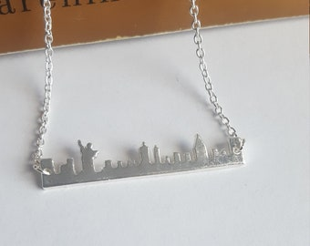 the Statue of Liberty PD-1138-MG  2 Pcs New York City Matte Gold Plated over Brass  31mm x 16mm Cityscape Sideways Pendant