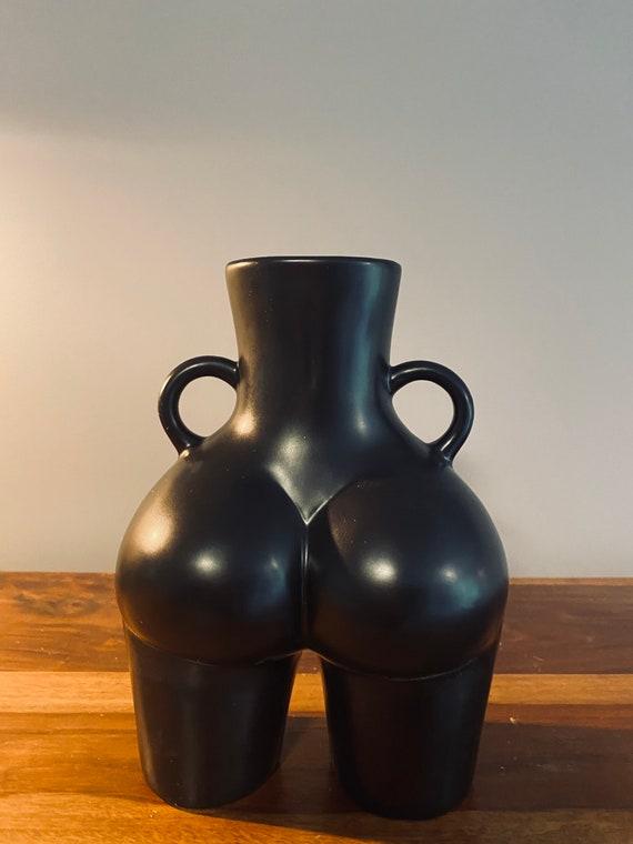 LARGE BOOTY vase - BLACK