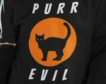 Purr Evil - Funny Unisex T-Shirt with a black cat inside an orange circle. Ideal gift for cat lovers or Halloween