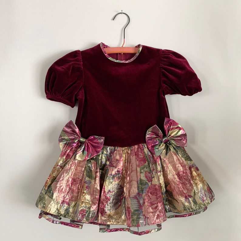 Vintage Crushed Velvet Metallic Floral Print Party Dress with Bows /& Ruffles Skirt 3T HOVK0081