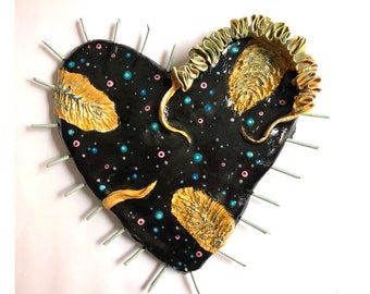BIG  BLACK HEART Wall decor and gold  Love exclusive original heart, casual unique style Rustic Style Hippy Chic flowers