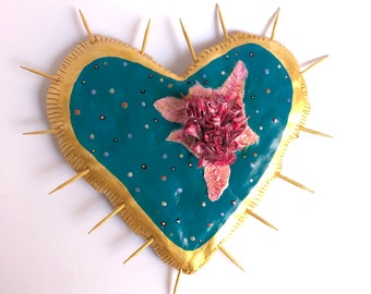 PINK FLOWERS HEART Wall decor and gold  Love exclusive original heart, casual unique style Rustic Style Hippy Chic flowers