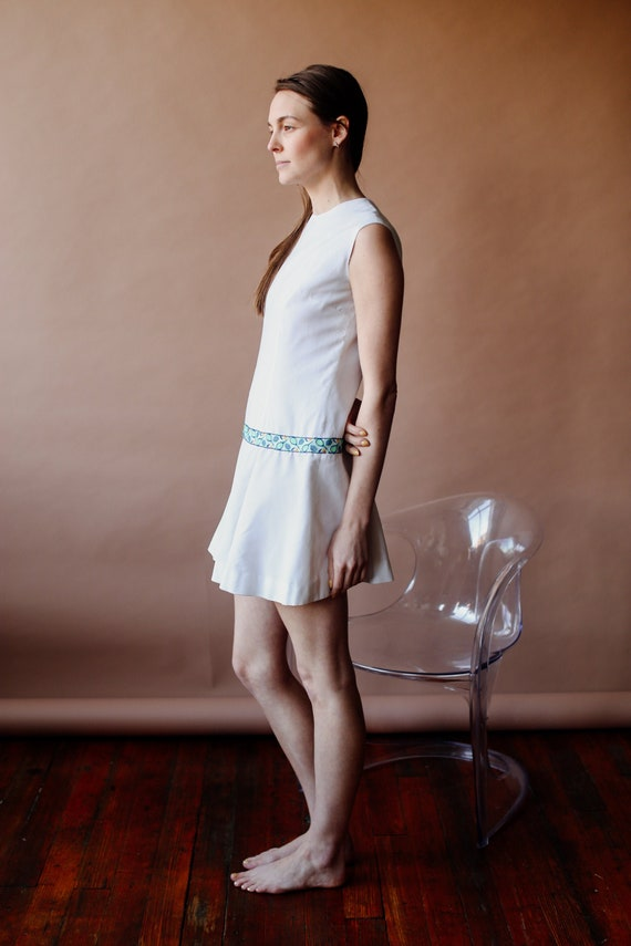 vintage 70s mod tennis dress embroidered drop wais