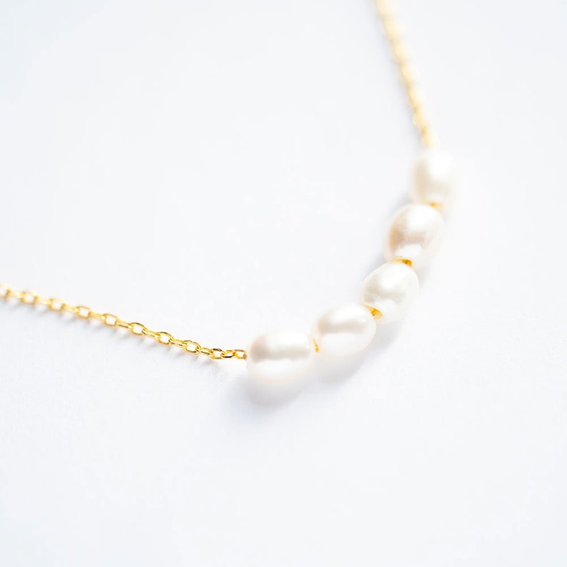 Pearl Beads Dainty Necklace Minimalist Pearl Necklace Gold Pearl Beads Necklace Gold Pearl Statement Necklace