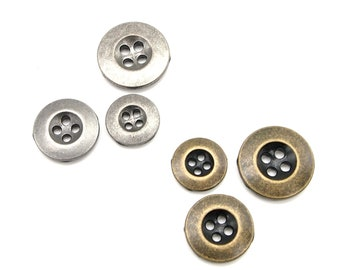 2113mm; Rusted silverAntique brass 10 pcs Ridged edges 4 hole buttons