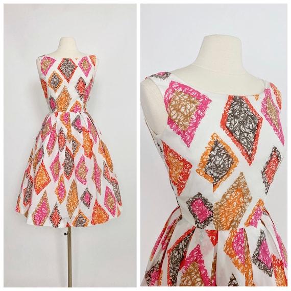 1950s Sleeveless Harlequin Novelty Crepe Dress