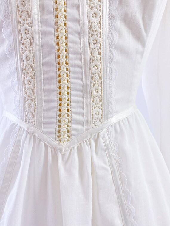 GUNNE SAX   1970s Ruffled Lace-Up Dress - image 7