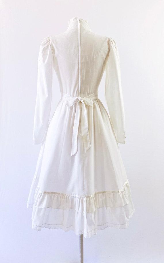 GUNNE SAX   1970s Ruffled Lace-Up Dress - image 8