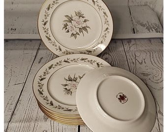 Vintage Royal Jackson Vogue VGC Ceramic Industries Fine China Gardenia pattern  Gold trim  8  inch