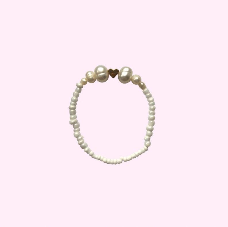 Gold heart beaded pearl bracelet